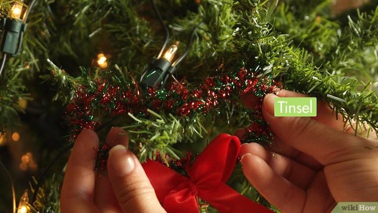 روبان براق رو درخت کریسمس