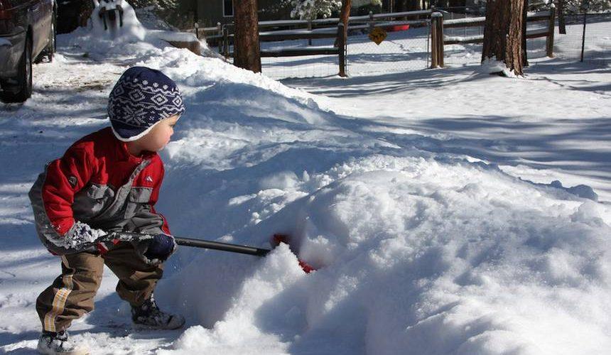 برف پارو کردن