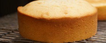 چطور کیک ساده بپریم